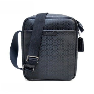 กระเป๋า COACH F71257 GM/BK SIGNATURE HPC CAMERA/CROSSBODY BAG