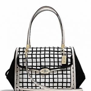 กระเป๋า Coach 28082 LIWHT Madison Graphic Print Madeline Satchel Handbag Black/White