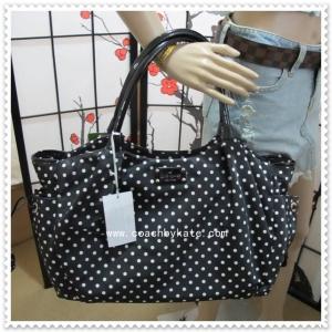สินค้าอยู่ USA : กระเป๋า Kate Spade Stevie WKRU1613 spot nylon blk/crmhst(056) มีเบาะรองเปลี่ยนผ้าอ้อม