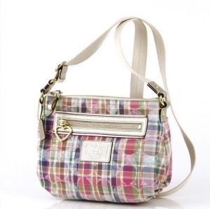 กระเป๋า COACH F48763 B4/MC Daisy Madras Swingpack