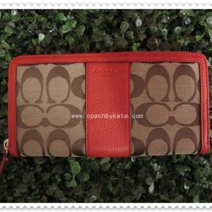 กระเป๋า COACH F51770 SKHVR PARK SIGNATURE ACCORDION ZIP WALLET