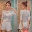 ++สินค้าพร้อมส่งค่ะ++ ชุดเซ็ทเกาหลี เสื้อแขนสามส่วน คอกลม ผ้า knitted mesh เนื้อดีมีซับใน+กางเกงขาสั้น ขอบเอวยืด ดีไซด์ Retro มี 2 สีค่ะ – สีขาว thumbnail 1