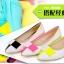 Pre Order - รองเท้าแฟชั่น ดีไซด์ลูกอมหลากสี ปลายแหลม ส้นเตี้ย สี : สีขาว-ดำ / สีขาว-ชมพู / สีขาว-เหลือง thumbnail 1