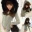++เสื้อกันหนาวพร้อมส่ง++ ชุด Jumpsuit กางเกงขาสั้นเกาหลี แขนยาว มี hood แต่งขนเฟอร์ เนื้อผ้านิ่มมาก เอวรูด น่ารัก มี 2 สีค่ะ – สี เทา thumbnail 1