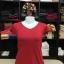 """เสื้อยืดคอวี สีแดงเข้ม size """"M"""" thumbnail 1"""