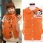 Ouremu ++สินค้าพร้อมส่งค่ะ++เสื้อ jacket เกาหลี แขนกุด กระดุมหน้า ไหมพรมซับในขนเฟอร์เก๋ ลาย Paul Frank – สีส้ม thumbnail 1