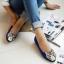 Pre Order - รองเท้าแฟชั่น หุ้มส้น หัวรองเท้าเป็นรูปเสือ แบบสดใส สี : สีชมพู / สีเขียว / สีน้ำเงิน / สีดำ thumbnail 4