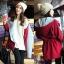 ++สินค้าพร้อมส่งค่ะ++ เสื้อ Coat เกาหลี แขนยาว มี hood เนื้อผ้าดีมาก แต่งกระเป๋าใหญ่สองข้าง ซับในด้านในอย่างดี – สีแดง thumbnail 1