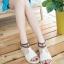 Pre Order - รองเท้าแฟชั่น ส้นเตี้ยแบน หวาน ๆ สไตล์ลำลอง สี : สีม่วง / สีชมพู / สีครีม thumbnail 4