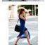 (สินค้าพร้อมส่งค่ะ) ชุดเดรส 2 ชิ้น ตัวในเดรสสไตล์กล้ามยาว / ตัวนอก เดรสยาว แขนกุด จั้มช่วงเอว ผ่าด้านหน้า – สีน้ำเงิน thumbnail 2